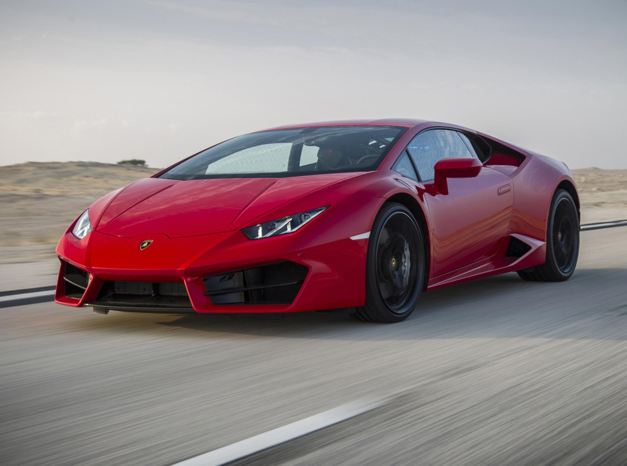 Lamborghini aventador lp750-4 superveloce coup0e9 is getting a roadster twin