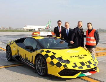 2016 Lamborghini Huracan LP610-4 Follow Me Car 'Aeroporto di Bologna'