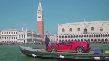 Lamborghini и журнал L'Uomo Vogue собрались вместе по случаю 73-го Международного Венецианского кинофестиваля