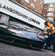 Карбоновое купе с оранжевыми Arancio Argos обвесами. 2017 Lamborghini Centenario LP 770-4