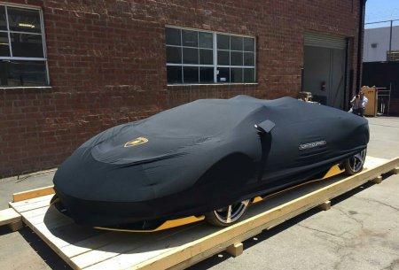 Первый Centenario Roadster доставлен клиенту