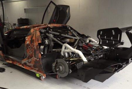 Lamborghini Essenza SCV12 тестируют в Монце