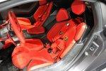 Вместо сидений подушки, которые прикреплены к раме Lamborghini Sesto Elemento