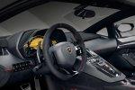 Салон Lamborghini Aventador SV Roadster