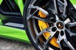 Данный Lamborghini Aventador оснастили удивительным набором колес с индексом RS05 от компании PUR Wheels. Стиль дисков явно был позаимствован с космического Lamborghini Egoista.