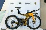 Photo copyright Automobili Lamborghini SpA. Лимитированный велосипед для триатлона Cervélo P5X 2018 года с ливреей Lamborghini.