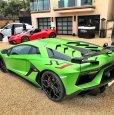 2018 Aventador SVJ. Презентация на Monterey Car Week 2018. До боли привычный зелёный цвет на поверку оказался новым оттенком с матовой текстурой.